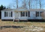 Foreclosed Home in Parkton 28371 5308 STYLE DR - Property ID: 4086567
