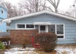 Foreclosed Home in Bridgeport 06606 155 POND ST - Property ID: 4088196