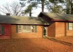 Foreclosed Home in Fayetteville 28303 625 YORK RD - Property ID: 4094314