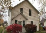 Foreclosed Home in Ludington 49431 305 2ND ST - Property ID: 4098285