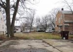 Foreclosed Home in Hammond 46324 7019 JACKSON AVE - Property ID: 4104449