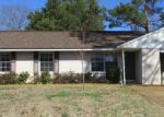 Foreclosed Home in Tupelo 38801 2416 PATTERSON DR - Property ID: 4105157