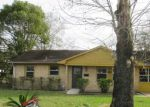 Foreclosed Home in Houston 77022 322 SPELL ST - Property ID: 4105685