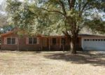 Foreclosed Home in Valdosta 31602 2504 WILLACOOCHEE DR - Property ID: 4112117