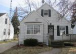 Foreclosed Home in Toledo 43612 1575 CRESTWOOD RD - Property ID: 4112642