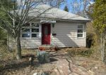 Foreclosed Home in Franklin 07416 423 RUTHERFORD AVE - Property ID: 4113438