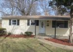 Foreclosed Home in Saint Louis 63114 8005 WAYLAND CT - Property ID: 4114339