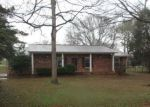 Foreclosed Home in Anniston 36206 9 TARA LN - Property ID: 4116963