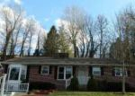 Foreclosed Home in Huntington 25705 125 MIDVALE DR - Property ID: 4122051