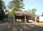 Foreclosed Home in Clanton 35045 2020 LAY DAM RD - Property ID: 4123597