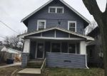Foreclosed Home in Cedar Rapids 52403 390 18TH ST SE - Property ID: 4125744