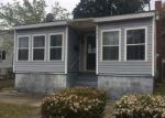 Foreclosed Home in Wilmington 28401 305 ANDERSON ST - Property ID: 4126640
