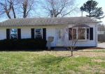 Foreclosed Home in Granite City 62040 2404 SUNBURY AVE - Property ID: 4127479