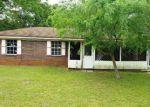 Foreclosed Home in Milton 32571 4381 W AVENIDA DE GOLF - Property ID: 4129134