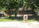 Foreclosed Home in Houston 77075 9303 ARLEDGE ST - Property ID: 4131831