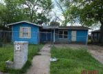 Foreclosed Home in Seguin 78155 915 ANDERSON ST - Property ID: 4131840