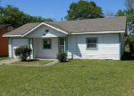 Foreclosed Home in Houston 77022 221 NORAS LN - Property ID: 4131848