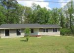 Foreclosed Home in Anniston 36207 915 TERRY RD - Property ID: 4135211