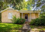 Foreclosed Home in Lake Charles 70601 1625 9TH ST - Property ID: 4135351