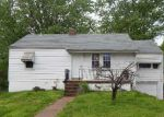 Foreclosed Home in Saint Louis 63137 579 GLOROSE DR - Property ID: 4138565