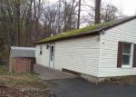 Foreclosed Home in Hopatcong 07843 114 MADISON TRL - Property ID: 4138750