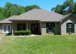 Foreclosed Home in Covington 70435 16365 PICKETT RD - Property ID: 4141006