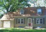 Foreclosed Home in Hutchinson 67501 326 E 16TH AVE - Property ID: 4144018