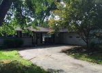 Foreclosed Home in Toledo 43606 2916 WICKLOW RD - Property ID: 864897