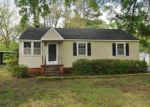 Foreclosed Home in Vicksburg 39180 125 ROSELAND DR - Property ID: 983449