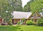 Foreclosed Home in Cordova 38016 2785 MORNING WOODS DR - Property ID: 1106463