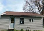 Foreclosed Home in Hartford City 47348 800 W MCDONALD ST - Property ID: 2500348