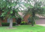 Foreclosed Home in Cordova 38016 8212 CREEKSIDE CIR N - Property ID: 3719565