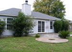 Foreclosed Home in Navarre 32566 6909 SEA TROUT CIR - Property ID: 3826001