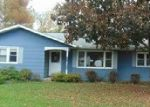 Foreclosed Home in Zanesville 43701 5250 W SHORE DR - Property ID: 3856557