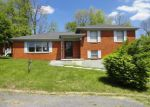 Foreclosed Home in Danville 40422 219 NORTH ST - Property ID: 3878527