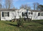 Foreclosed Home in Harriman 37748 301 WOODY AVE - Property ID: 3880875