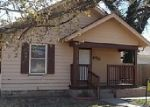 Foreclosed Home in Hutchinson 67501 710 N MADISON ST - Property ID: 3903306