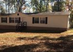 Foreclosed Home in Crossville 38572 3159 OSWEGO RD - Property ID: 3908236