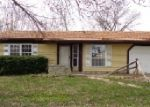 Foreclosed Home in Wilmington 45177 383 NEW ST - Property ID: 3937275