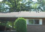 Foreclosed Home in Zanesville 43701 2424 MOOREWOOD DR - Property ID: 3979497