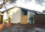 Foreclosed Home in Tampa 33624 10503 BRYNWOOD LN - Property ID: 3984506