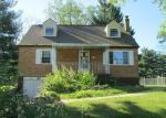 Foreclosed Home in Hebron 41048 2824 CORAL DR - Property ID: 3986990