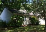Foreclosed Home in Clinton 37716 110 PHEASANT RD - Property ID: 3999033