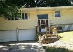 Foreclosed Home in Cedar Rapids 52402 3533 REDBUD RD NE - Property ID: 4000175
