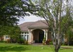Foreclosed Home in Mission 78573 5704 MILE 7 RD - Property ID: 4008607