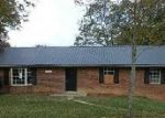 Foreclosed Home in Ashland 41102 8023 HALL RDG - Property ID: 4061192