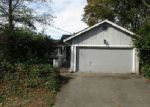 Foreclosed Home in Seattle 98106 7015 14TH AVE SW - Property ID: 4074939