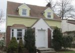 Foreclosed Home in Hempstead 11550 20 ROGER ST - Property ID: 4106396