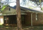 Foreclosed Home in Atlanta 30344 3613 ALE CIR - Property ID: 4135276
