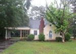 Foreclosed Home in Raeford 28376 212 N DICKSON ST - Property ID: 4154646